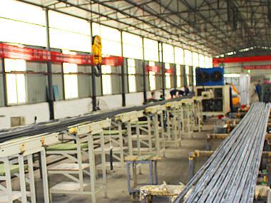 Spiral workshop tower crane